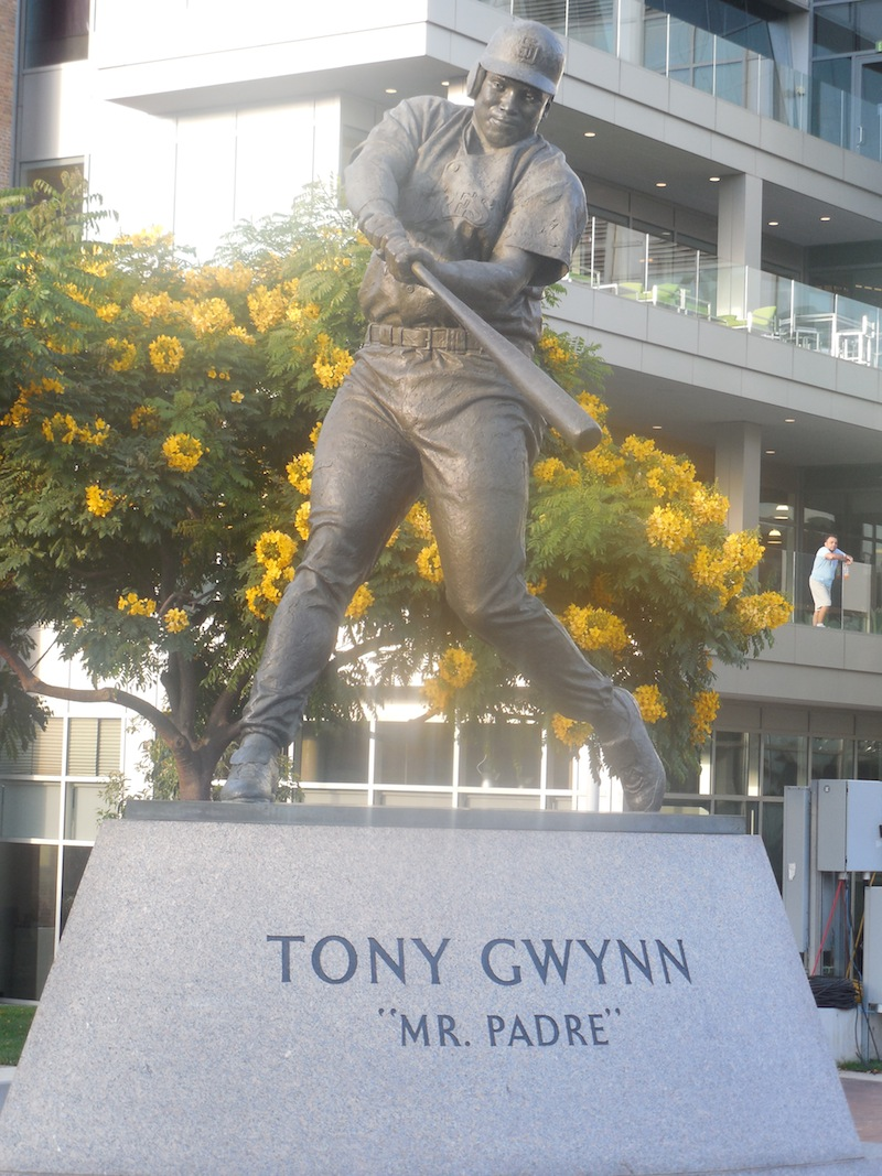 gwynn_statue