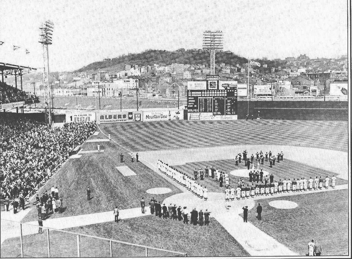 2012opening-daycrosley-field-19681