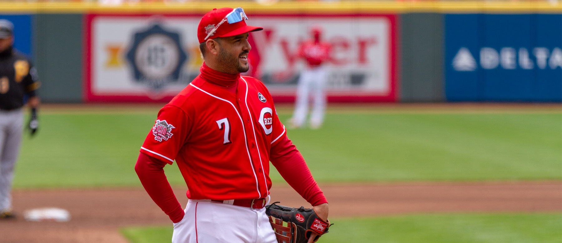 quality design 37a58 459e5 The Reds Eugenio Suarez: #10 at third base, #1 in our hearts ...