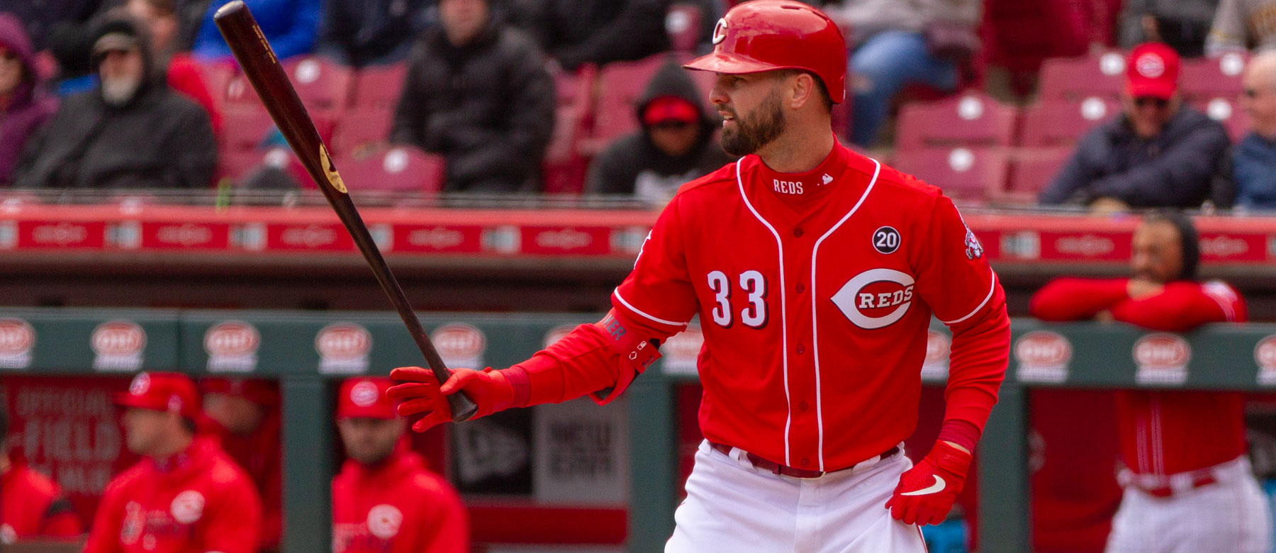 Reds outfielder Jesse Winker leaves game with tightness - Redleg Nation